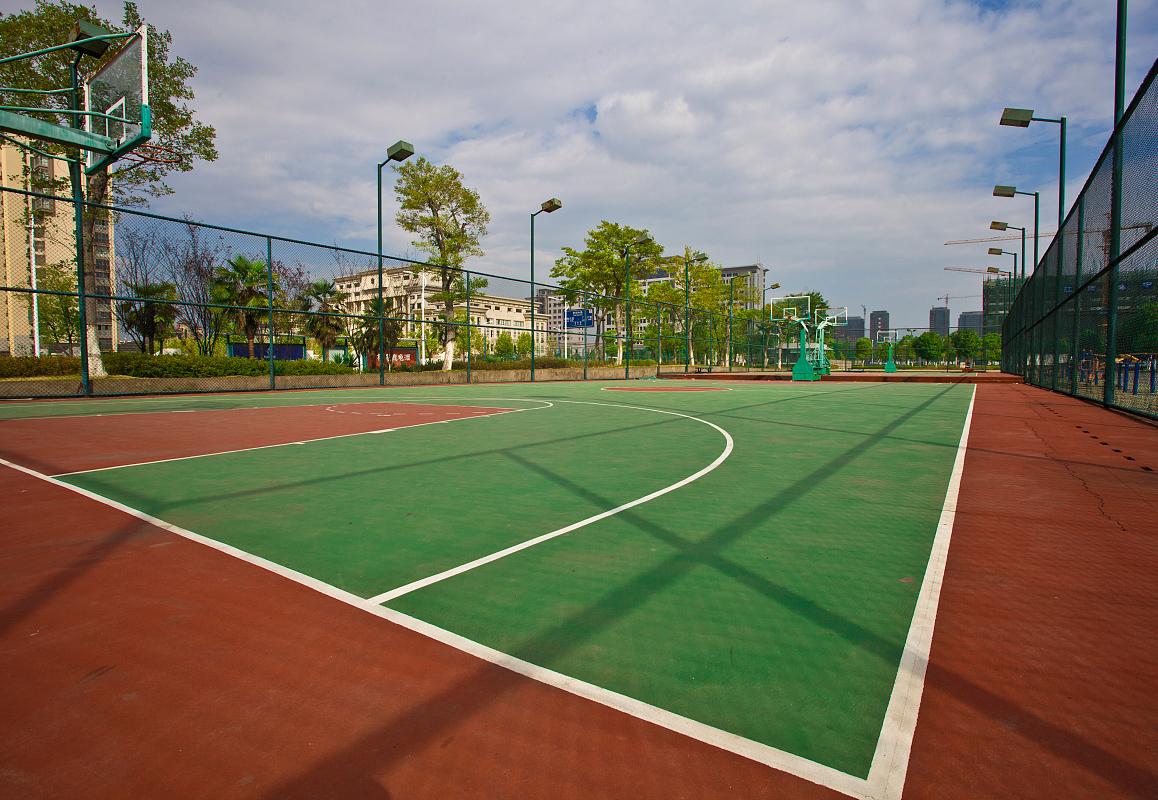 武汉滠口第二小学球场
